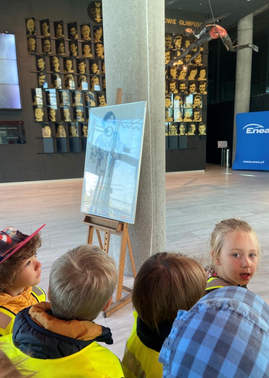 Oglądamy eksponaty