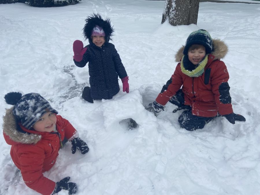 Zimowe zabawy i spacery